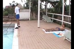 😝Jovenes Gay follando en la piscina😝